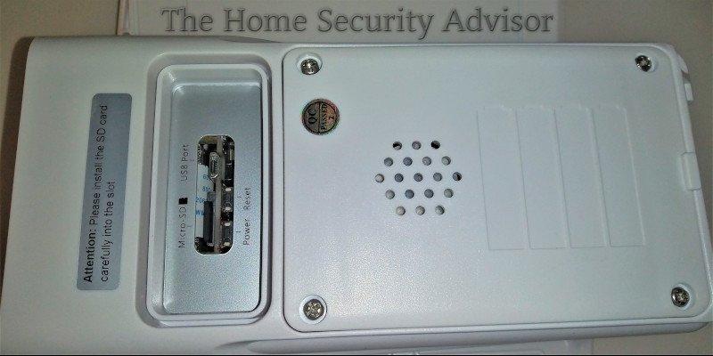 Soliom S90 Solar Security Camera - Port Close Up Lower